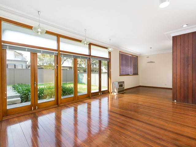 19 Queanbeyan Avenue, Miranda, NSW 2228