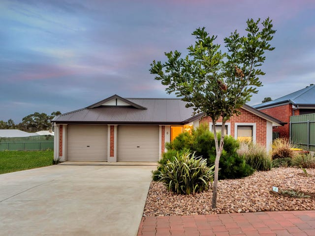 8 Trestrail Circuit, Williamstown, SA 5351