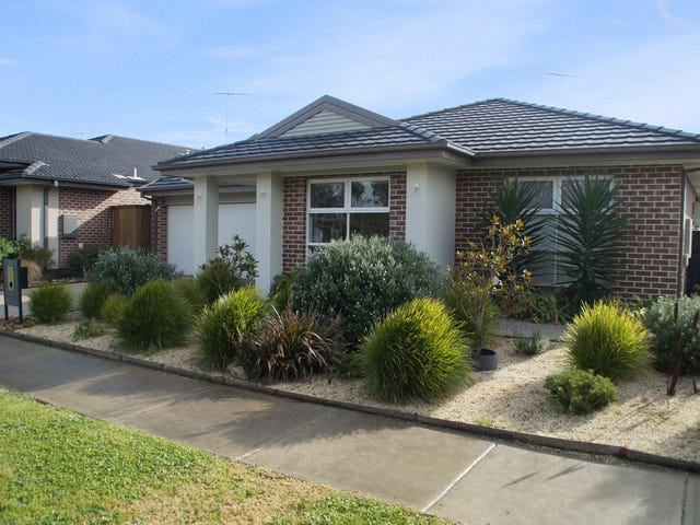 24 Whitecliff Way, Armstrong Creek, Vic 3217