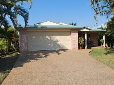 1 Waterview Drive, Lammermoor, Qld 4703