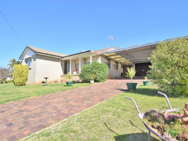 7 Charles Crescent, Young, NSW 2594