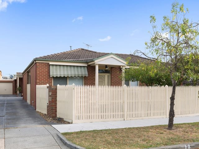 1/8 Fairbank Road, Bentleigh, Vic 3204