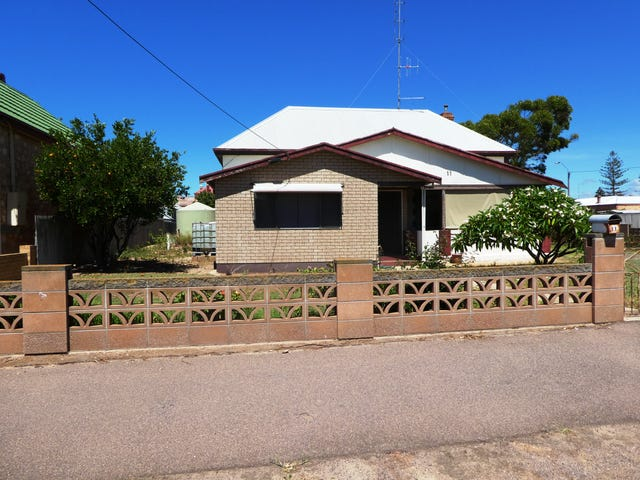 11 Second Street, Cowell, SA 5602
