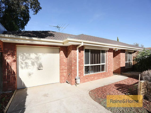 3/53 Staughton Street, Melton South, Vic 3338