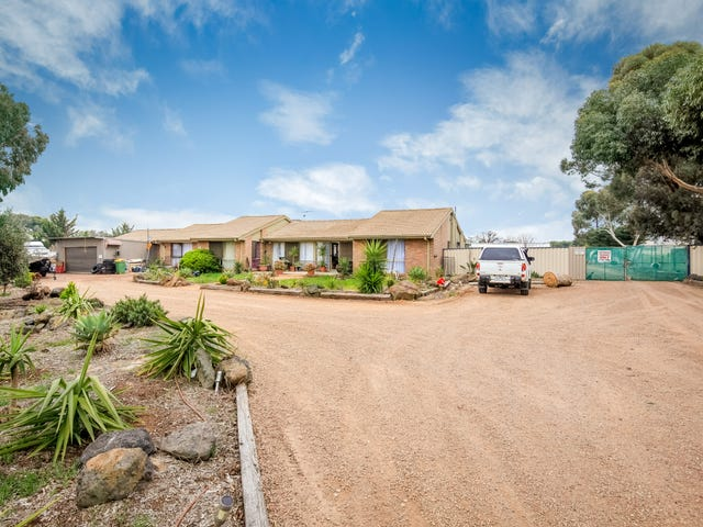 2 The Welkin Trail, Kurunjang, Vic 3337