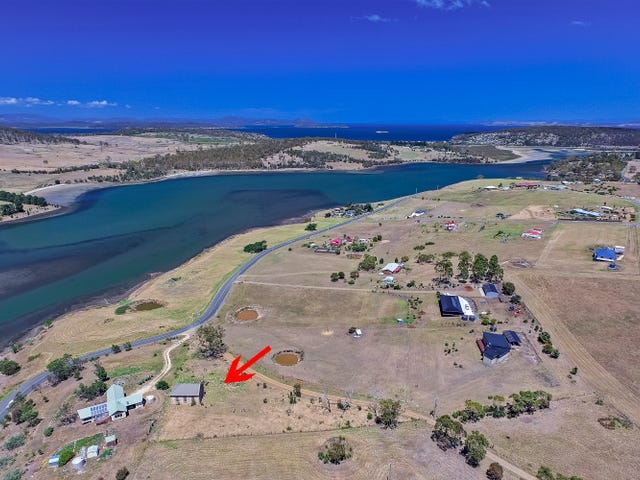 10 McGinness Road, Carlton River, Tas 7173