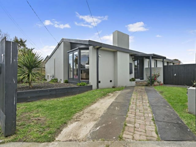 7 Moresby Avenue, Seaford, Vic 3198