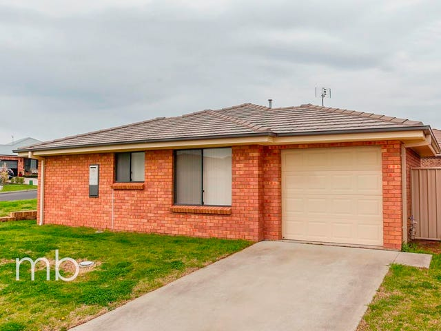 7 Stewart Close, Orange, NSW 2800