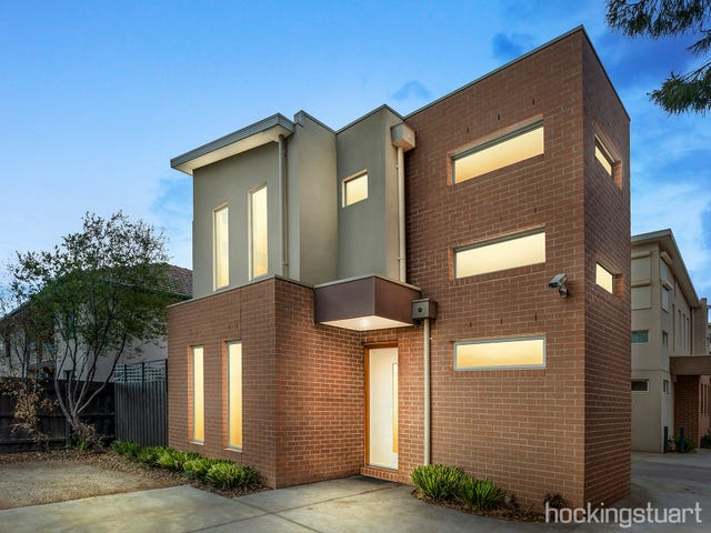 1/11 Churchill Avenue, Maidstone, Vic 3012