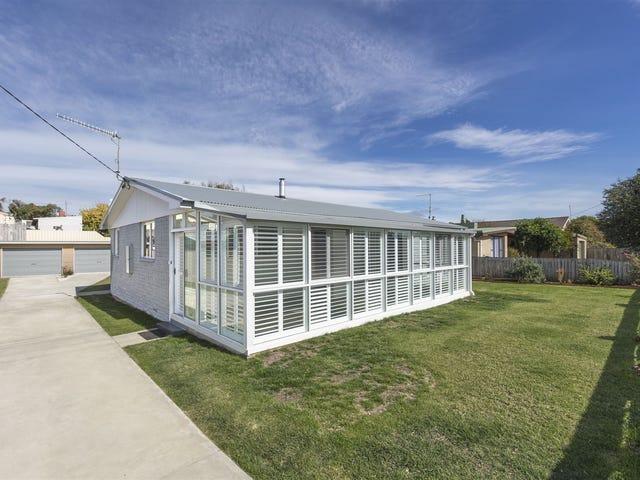 16 Esplanade, Turners Beach, Tas 7315