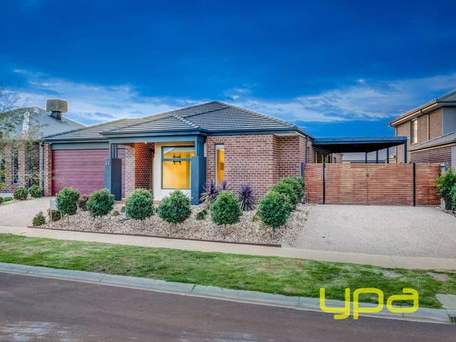 13 Mourne Street, Melton South, Vic 3338