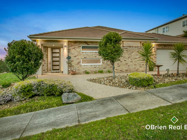 8 Carey Crescent, Pakenham, Vic 3810
