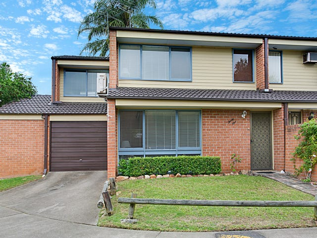 31/15-19 Fourth Avenue, Macquarie Fields, NSW 2564