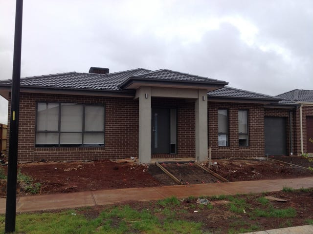 23 Clement Way, Melton South, Vic 3338
