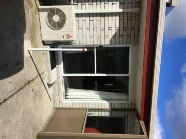 1 18 Robert Street, Smithton, Tas 7330