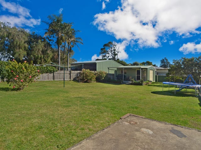 27 Comarong Street, Greenwell Point, NSW 2540