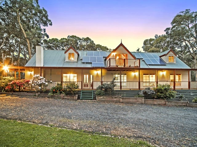 1058 Black Forest Drive, Woodend, Vic 3442