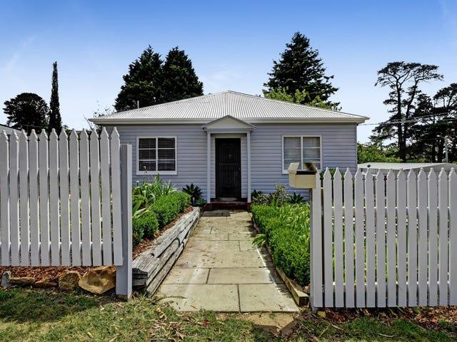 2 Linda Street, Hill Top, NSW 2575