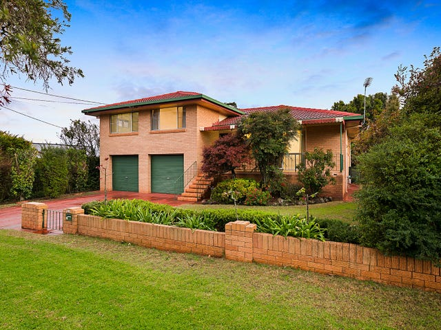 14 Knockator Crescent, Centenary Heights, Qld 4350