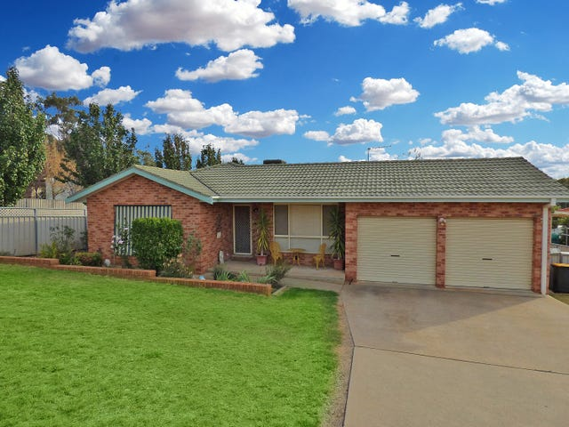 13 Back Creek Road, Young, NSW 2594