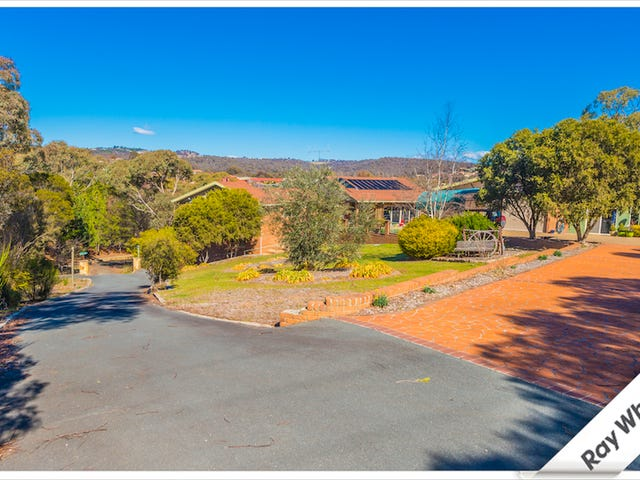 18 Beston Place, Greenleigh, NSW 2620