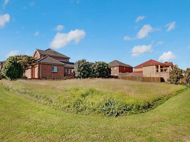 15 Hebrides Ave, Macquarie Links, NSW 2565