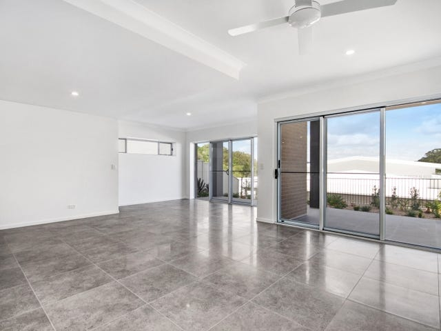 8/8  Croft Court, Tugun, Qld 4224