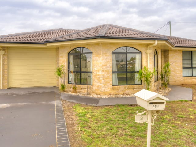 2 Lawton Place, Miles, Qld 4415