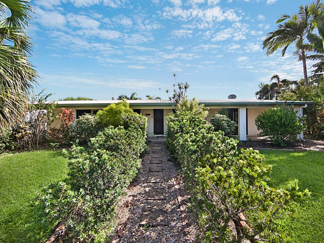 4 Trevina Court, Balgal Beach, Qld 4816