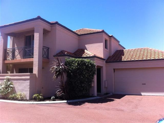 41/160 WEST COAST DVE, Sorrento, WA 6020