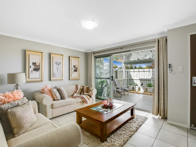 Unit 2/77 Platz Street, Darling Heights, Qld 4350