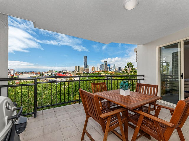 23/451 GREGORY TCE, Spring Hill, Qld 4000