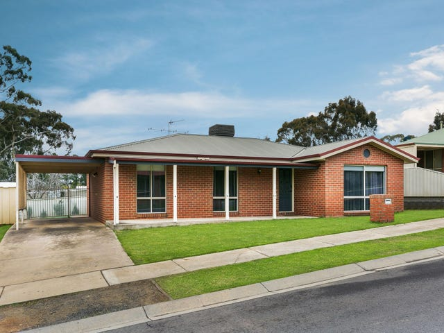 12 Diamond Court, Kangaroo Flat, Vic 3555
