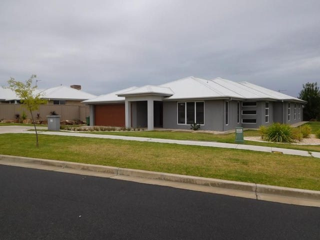 Room 4 - 78 Messenger Avenue, Boorooma, NSW 2650