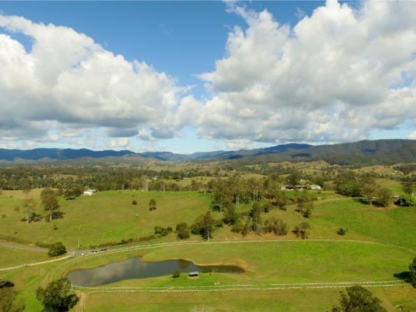 528 Mt Pleasant Road, Dayboro, Qld 4521