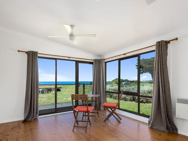 1/221 Great Ocean Road, Apollo Bay, Vic 3233