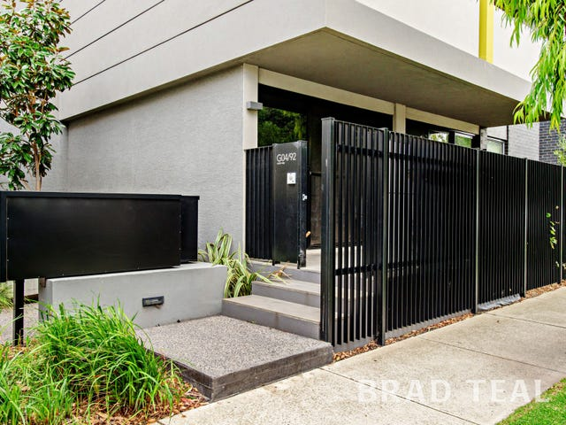 4/92 Cade Way, Parkville, Vic 3052