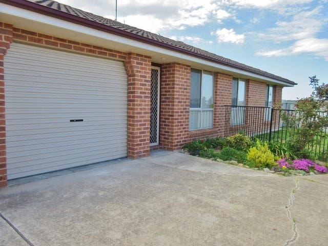2/7  Horan Close, Kelso, NSW 2795