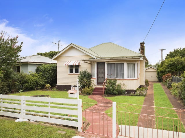 95 Curzon Street, East Toowoomba, Qld 4350