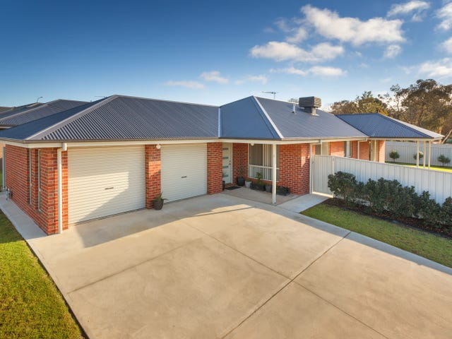 11 Baxter Court, Lavington, NSW 2641