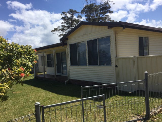 130 Naval Pde, Erowal Bay, NSW 2540