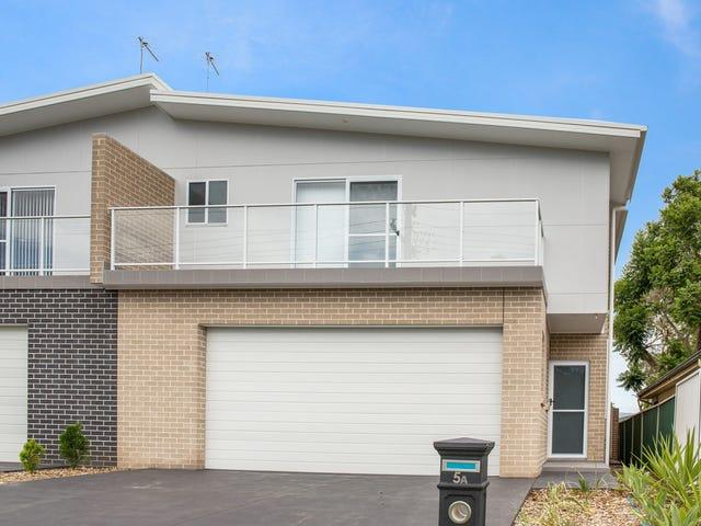 5a Moore Street, Oak Flats, NSW 2529