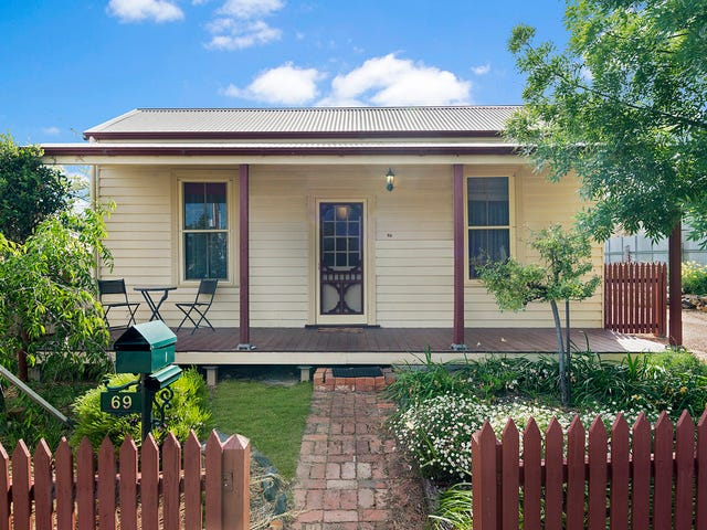 69 Booth Street, Golden Square, Vic 3555