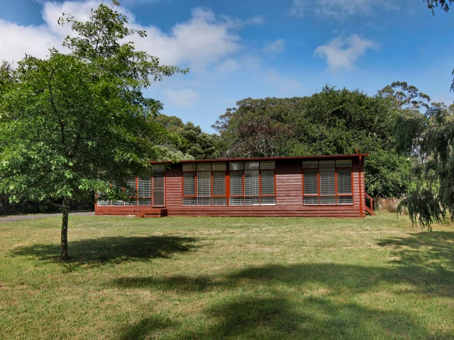 24 Trentham Springhill Road, Spring Hill, Vic 3444