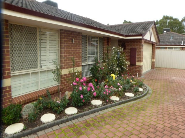 3/7 Spring Road, Thornlie, WA 6108