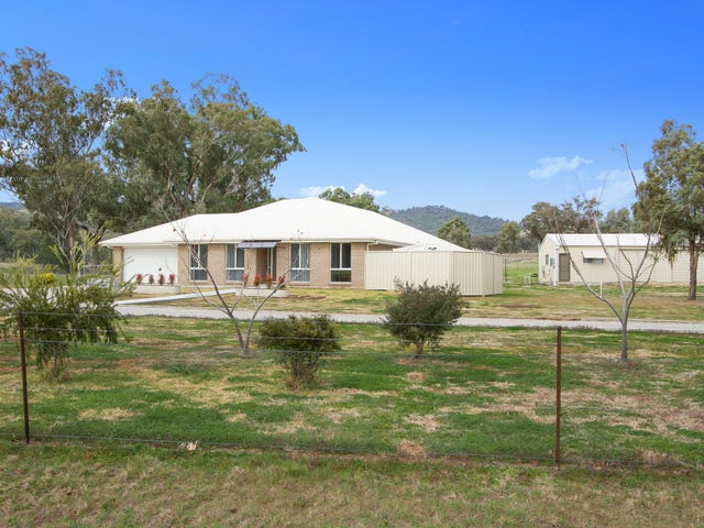 132 Martins Lane, Tamworth, NSW 2340