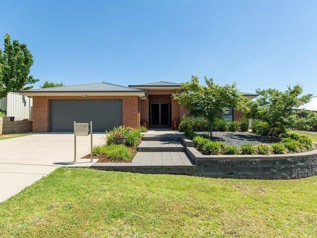 16 Tahara Cres, Estella, NSW 2650