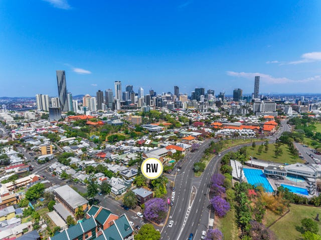 423 Gregory Tce, Spring Hill, Qld 4000
