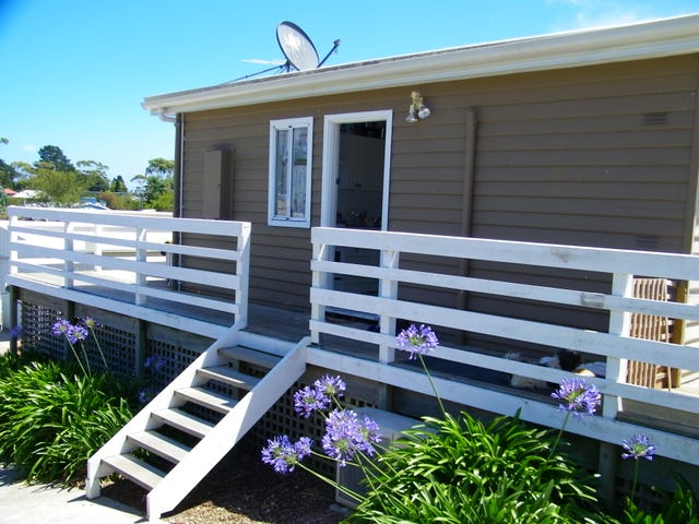 20 Fifth Avenue, Dodges Ferry, Tas 7173