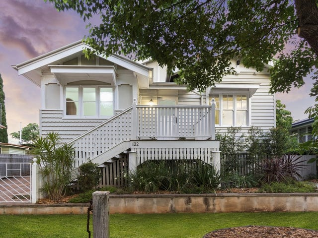 122 Neil Street, South Toowoomba, Qld 4350